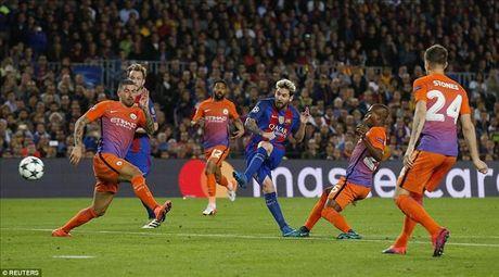 Huy diet Man City, Lionel Messi thiet lap them ky luc tai Champions League - Anh 2
