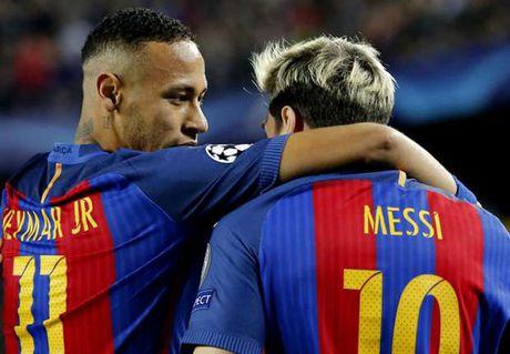 Messi lap hattrick, Bravo nhan the do, Pep Guardiola tiep tuc nhan trai dang trong ngay tro ve - Anh 5