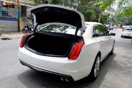 Can canh sedan tien ty Cadillac CT6 moi tai Sai Gon - Anh 15
