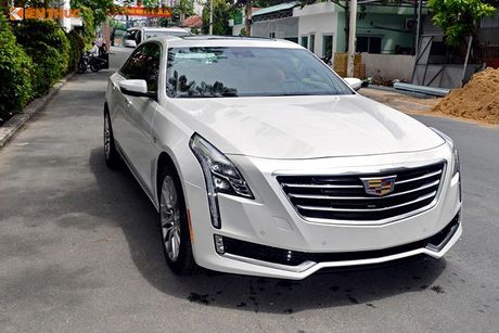 Can canh sedan tien ty Cadillac CT6 moi tai Sai Gon - Anh 1