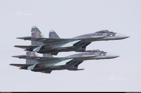 Anh 'nong' Nga day Trung Quoc lai tiem kich Su-35 - Anh 2