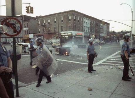 Hinh anh thanh pho New York hoi nhung nam 1990 - Anh 2