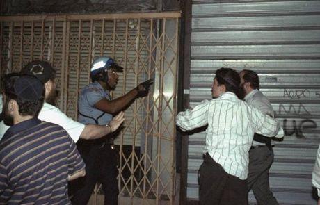 Hinh anh thanh pho New York hoi nhung nam 1990 - Anh 3