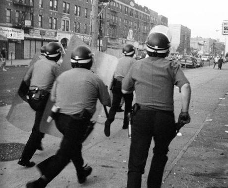 Hinh anh thanh pho New York hoi nhung nam 1990 - Anh 4