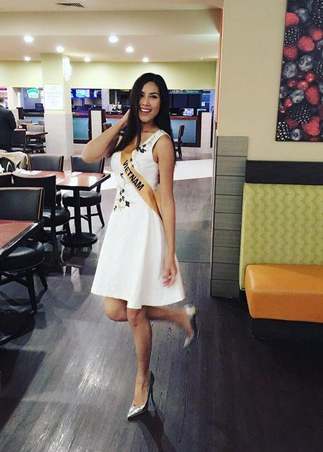 Nguyen Thi Loan lot top 10 trang phuc dan toc Miss Grand International - Anh 2
