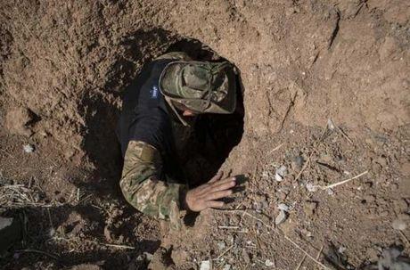 Dot nhap ngoi lang Iraq moi duoc giai phong tu tay IS - Anh 7