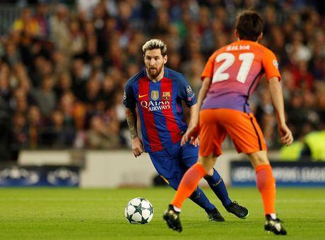 'Messi ghi ban de nhu the dang thi dau o san truong' - Anh 1