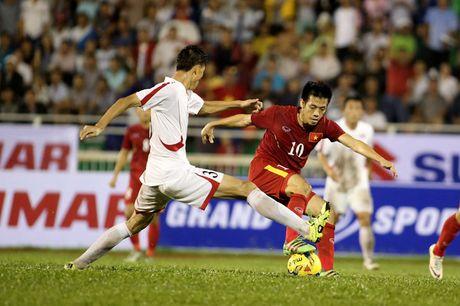Van Quyet lap cu dup, tuyen Viet Nam thang dam FC Seoul 3-0 - Anh 1