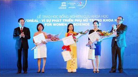 Gap nu Tien sy che tao thanh cong san pham chuyen biet cho benh nhan ung thu - Anh 2