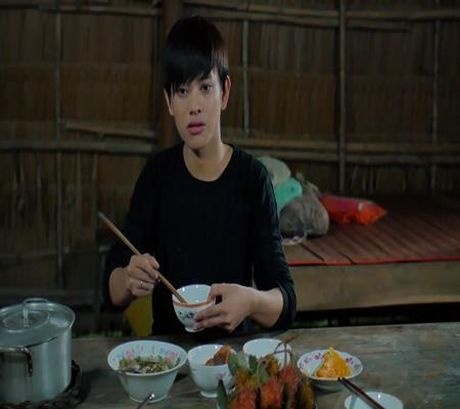 """Hot boy keo keo"" Bui Vinh Phuc lam tre mo coi lay nuoc mat cua khan gia - Anh 1"