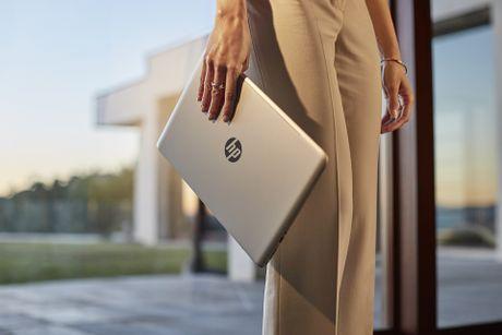 Laptop chi de lam viec? Da la qua khu voi 'Hoi cong so' - Anh 2