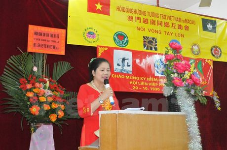 Cong dong nguoi Viet o Macau (Trung Quoc) huong ve mien Trung - Anh 1