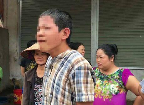 Be trai 13 tuoi lai xe khach dam loan xa tren duong Bac Giang - Anh 3