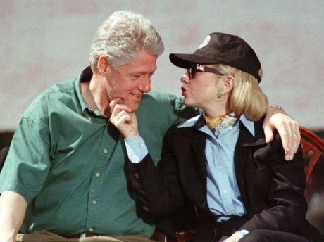 Nhung buc anh gia tri ve chuyen tinh cua ong ba Clinton - Anh 1