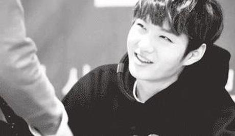 Anh mat 'ngot nhu duong' cua loat idol Kpop khi nhin fan - Anh 11
