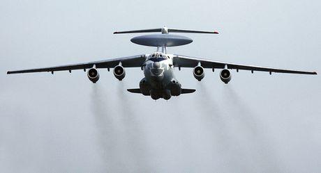 KQ Nga san sang dua 'phong thi nghiem bay' A-100LL len bau troi - Anh 1