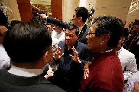 Nhung van de dang chu y ve Bien Dong trong cuoc gap Duterte - Tap Can Binh - Anh 2