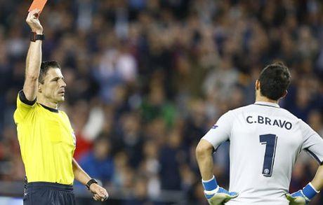 Goc chien thuat Barca – Man City: Tu thua ngay tu dau - Anh 2