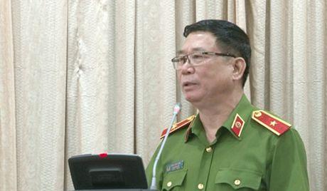Cong an Ha Noi: Dieu dong 13 can bo ve giu chuc vu Truong Cong an xa - Anh 1