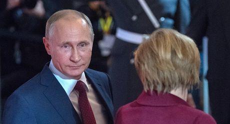Ong Putin tiet lo ve thoa thuan tai cuoc gap ban tinh hinh Ukraine - Anh 1