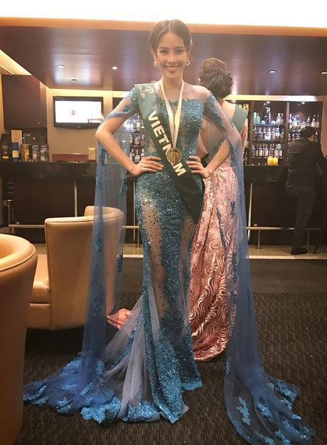 Nam Em tiep tuc gianh chien thang tai Miss Earth - Anh 10
