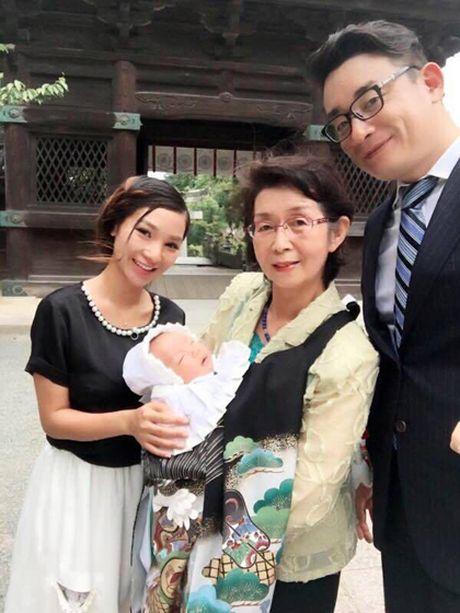 Chang giam doc Nhat cau hon co gai Ha Noi bang hon da - Anh 3