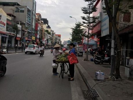Nhung neo muu sinh cua phu nu noi thanh thi: Noi niem ai hieu? - Anh 1