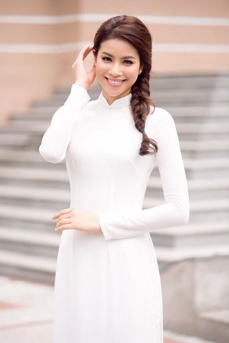 Tan chay voi mon qua tang fan ngot ngao cua Pham Huong nhan ngay 20/10 - Anh 2
