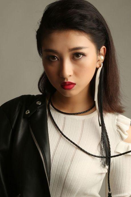 Miss Ngoi Sao Thoi Trang 360mobi: Ngoc Lan can dich voi vi tri quan quan, Linh Chi - Kim Chi xuat sac voi giai 2 va 3 - Anh 7