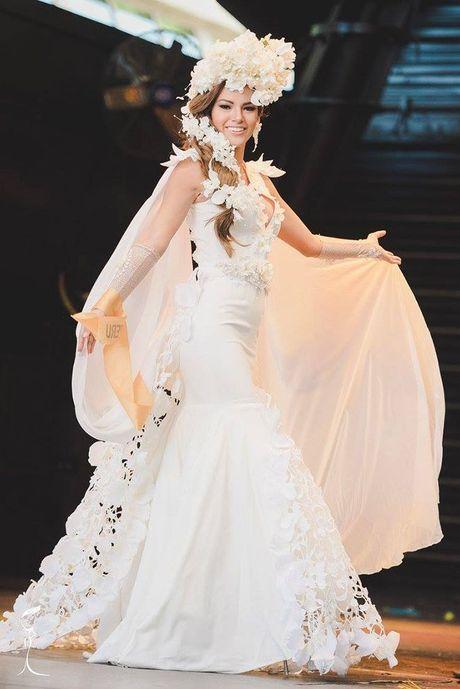 Nguyen Thi Loan xuat sac lot Top 3 trang phuc dan toc dep nhat Miss Grand International 2016 - Anh 6