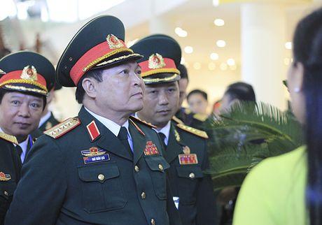 Can phai dua Viet Nam som thoat khoi o nhiem bom min - Anh 1