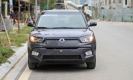 Ssangyong Tivoli MT - crossover nhap khau gia 570 trieu - Anh 2