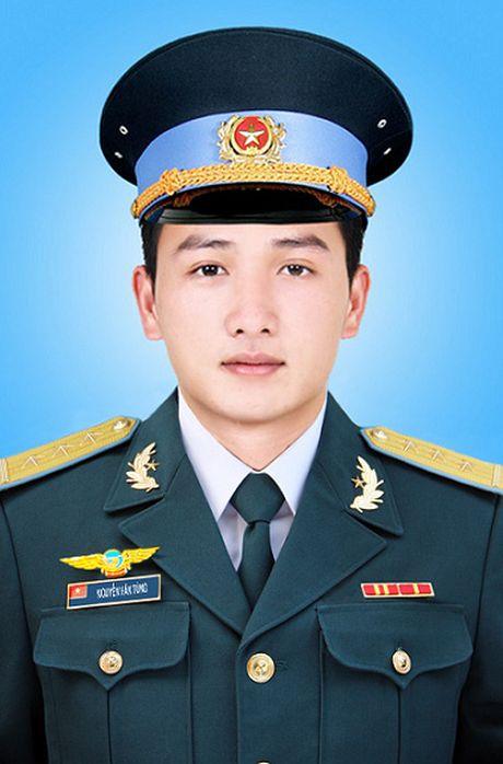 Truy thang quan ham cho 3 phi cong hy sinh vu roi truc thang o nui Dinh - Anh 4