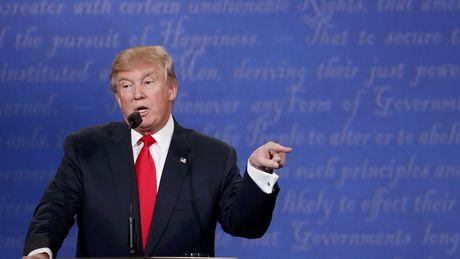 La bai tay cua ong Trump sau man tranh luan cuoi cung - Anh 1