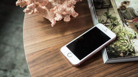 3 smartphone giam gia hon 2 trieu dang mua trong ngay 20/10 - Anh 1