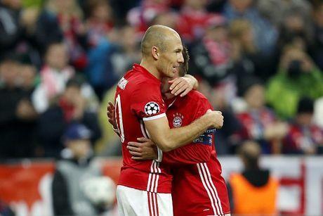 Robben ruc sang, Bayern cat mach 3 tran khong thang - Anh 14