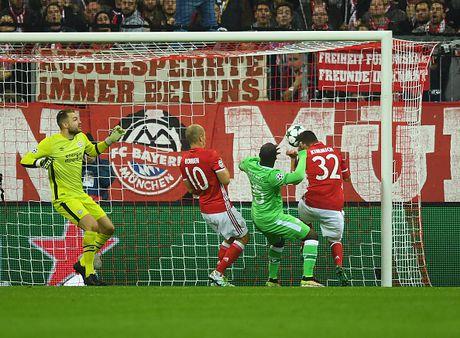 Robben ruc sang, Bayern cat mach 3 tran khong thang - Anh 7