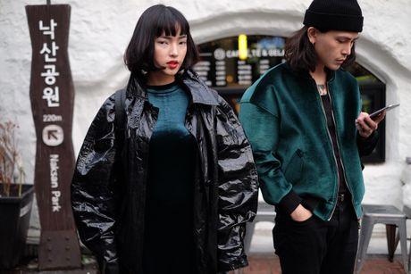 Hot girl Chau Bui va ban trai noi bat tai Han Quoc - Anh 7