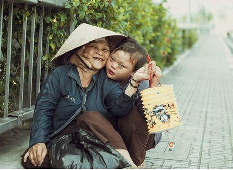 Nhung khoanh khac xuc dong ve nguoi me Viet Nam - Anh 1