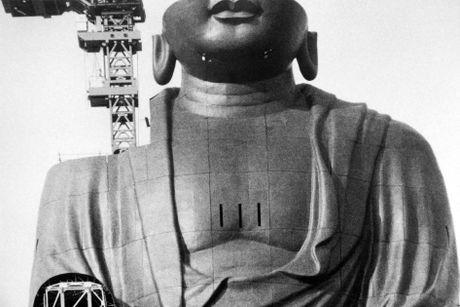 Buc tuong Phat bang dong lon nhat the gioi - Anh 10