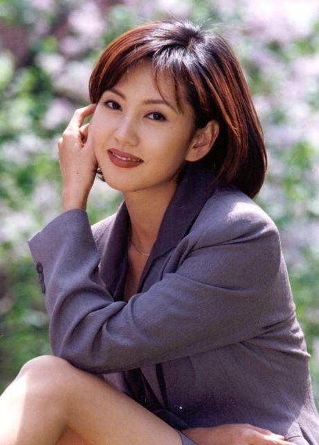 Nhan sac khong tuoi cua sao nu phim 'Nguoi mau' - Anh 1