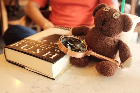 Chang trai dua gau Teddy di xuyen Viet - Anh 16