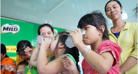 3 'chan kieng Nestle' giup nguoi Viet song vui khoe - Anh 1