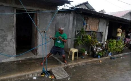 Hang trieu nguoi Philippines gap nguy vi sieu bao Hai Ma - Anh 1