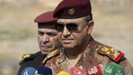 Chien binh IS lu luot dua vo con tron khoi Mosul - Anh 1