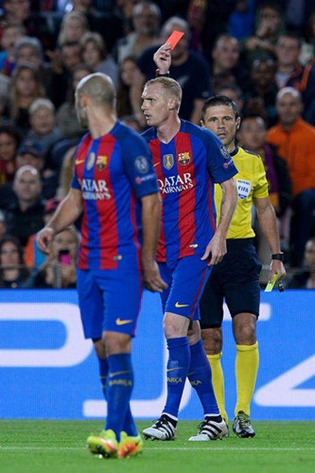 Chum anh: Messi 'gieo sau' cho thay cu Pep Guardiola - Anh 16