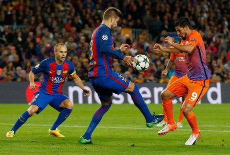 Chum anh: Messi 'gieo sau' cho thay cu Pep Guardiola - Anh 1
