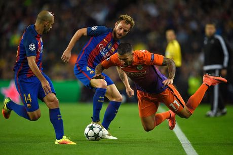 Chum anh: Messi 'gieo sau' cho thay cu Pep Guardiola - Anh 2