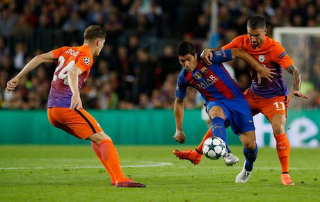 Chum anh: Messi 'gieo sau' cho thay cu Pep Guardiola - Anh 8