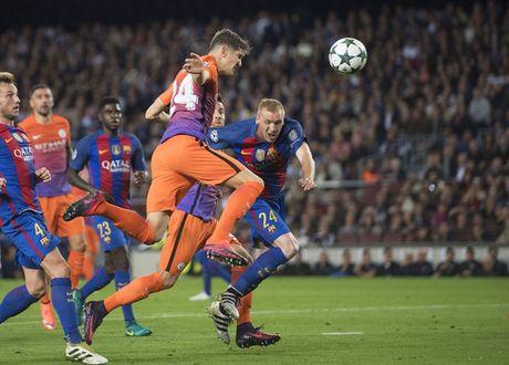Chum anh: Messi 'gieo sau' cho thay cu Pep Guardiola - Anh 9